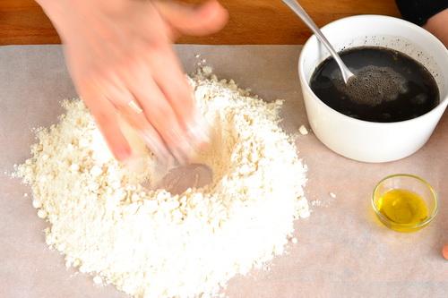Teeme Ise Musta Pastat