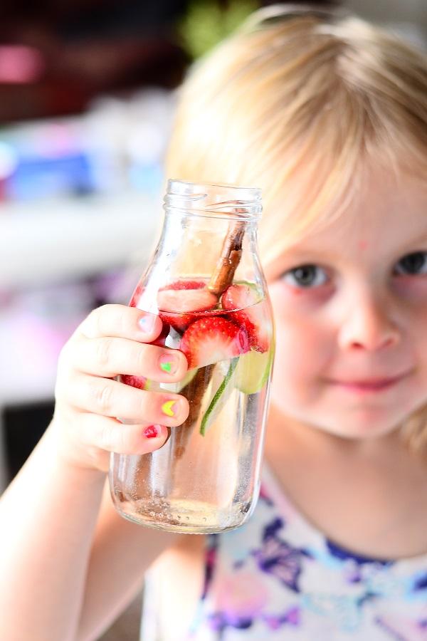 emmy maasikaveega