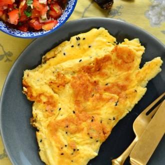 mustkoomne-omlett