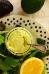 salatikaste avokaadoga