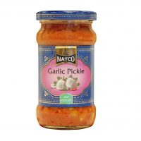 Marineeritud kuuslauk ehk garlic pickle